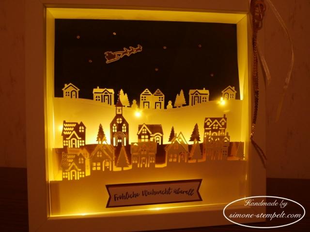 Winterstädchen in eine Shadow box mit Micro-Lichterkette Stampin Up 2017 P1020071.JPG