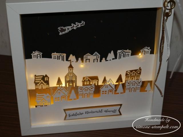 Winterstädchen in eine Shadow box mit Micro-Lichterkette Stampin Up 2017 P1020079.JPG